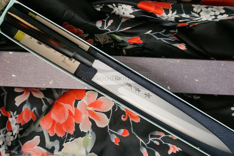 Valokuva #1 Japanilainen sushi veitsi Yanagiba Sakai Takayuki Inox Black Lacqured with Saya 04313A 24cm