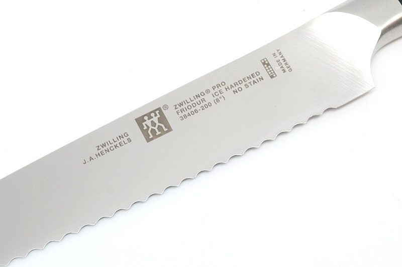 Photo #3 Zwilling Pro Bread knife, 20 sm (3840621)