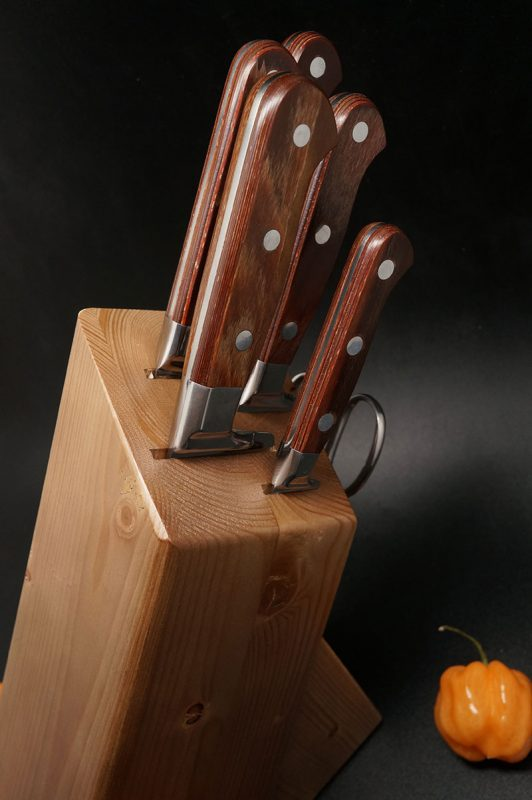 Photo #2 Martinez&Gascon Knife Block Madera (0910)