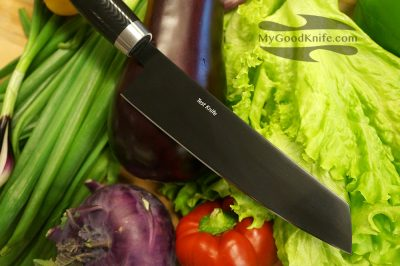 nesmuc-test-knife-in-store
