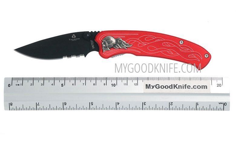 Photo #5 United Cutlery Nova Skull A/O Linerlock Pocket Knife, red, serrated  (UC2691S)